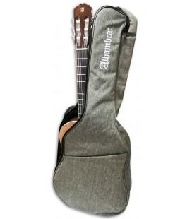 Foto do Saco Alhambra 9730 com uma Guitarra Clássica