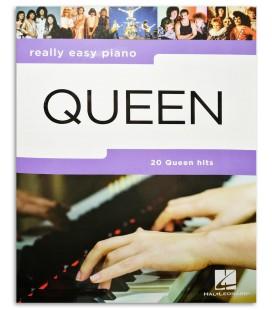 Really Easy Piano Queen